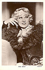 Fashion mae west