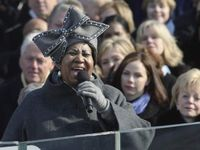 Aretha franklin hat 2