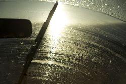 Bus windshield wiper