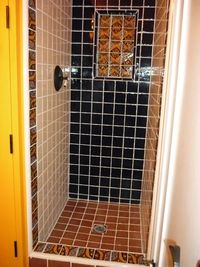 T&L shower