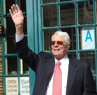 Peter graves waving