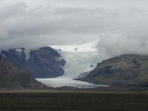 Iceland glacier to sea level