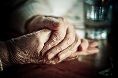 Gran hands