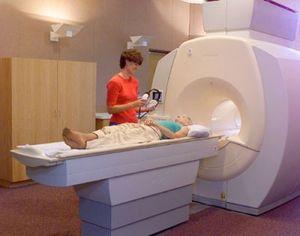 MRI noname earphones