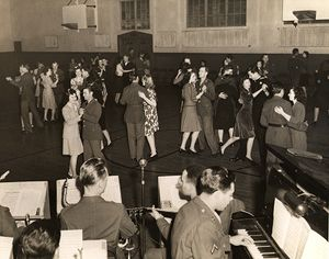 Pgh wwii dance