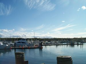 Hyannis canal harbor
