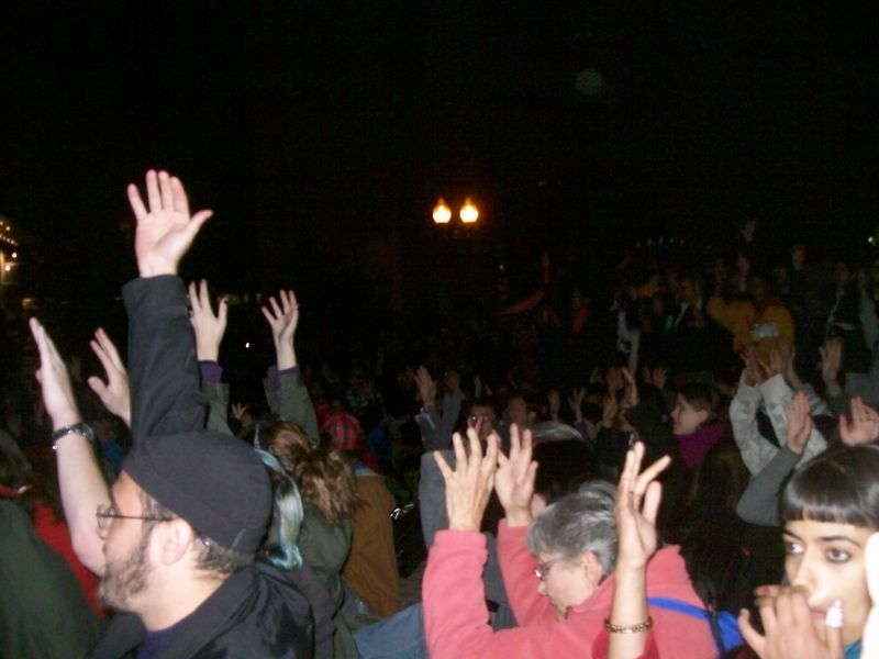 Occupy hand movements