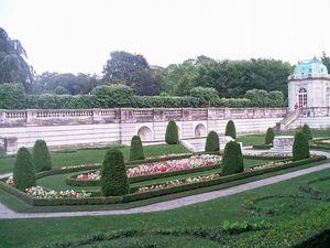 Newport elms garden