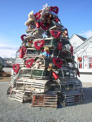 ME lobster traps tree