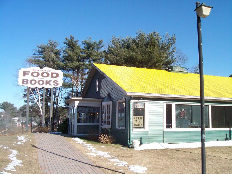 Traveler books food