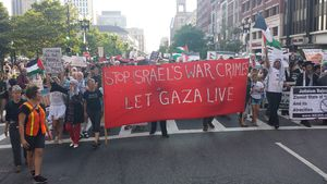 Let Gaza Live sign