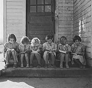 Vintage kids reading