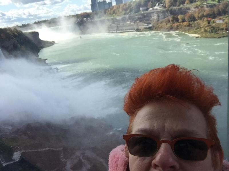 Niagara and my face2