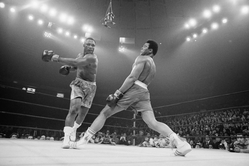 Ali dodges blow