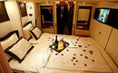 Airbus_a380_double_bed