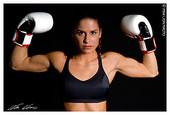 Boxer_muscular_woman