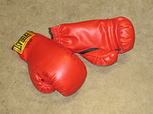 Boxing_gloves_red
