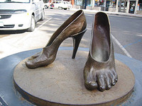 Mommy_high_heel_feet