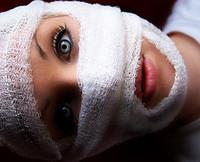 Mommy_plastic_surgery_bandages